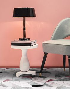 Every Interior Design Project needs a proper Table Lamp. Feel inspires by these amazing table lamps inspirations! #modernlighting #contemporarylighting  #modernhomedecor #interiordesignideas #interiordesignproject #homedesignideas #midcenturystyle #moderndesign #luxurydecor #uniquelamps #contemporarydesing