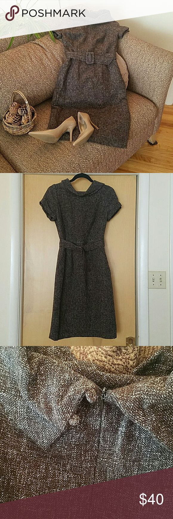 Banana Republic Tweed Dress, NWOT This dress has class! Simple and elegant, it's perfect for a business trip, dinner or day at the office. Side pockets give it added utility. I especially love the little buttons on the back. Banana Republic Dresses
