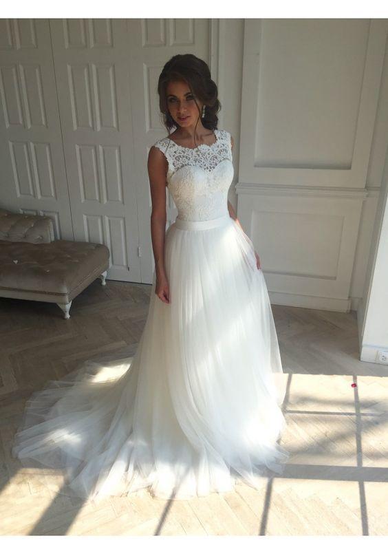 Sleeveless White Wedding Dress,Sexy Appliques Bridal Dress