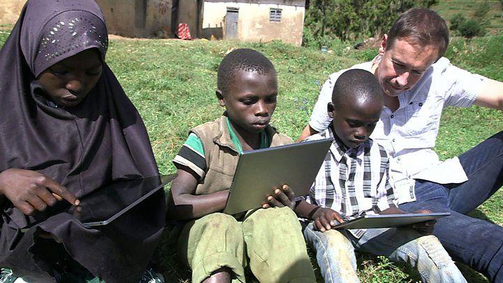 John Magufuli's pregnant schoolgirl ban angers Tanzanian women - BBC News