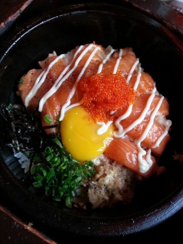 Salmon & Flying Fish Roe Rice in Stone Pot