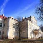 Pałac Raczyńskich w Złotym Potoku - piekny niegdyś, dziś zaniedbany i opuszczony