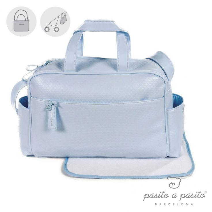 Lichtblauwe luiertas van het Spaanse merk Pasito a Pasito.
