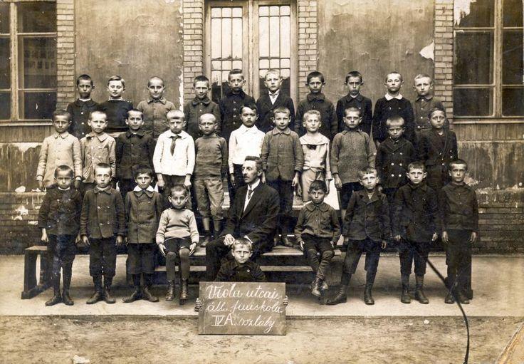 1912 Viola utcai Állami fiúiskola IV.A. osztály.  Kocsis András/Fortepan