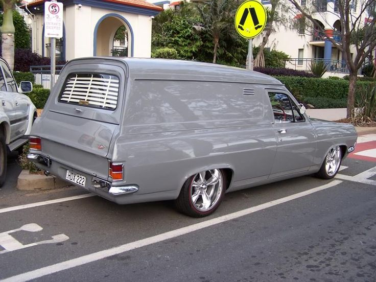 Holden Panel van HR