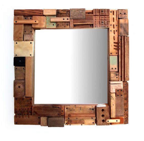 Miroir en accumulation de bois  / indus  format par 56Phalanges cacophoniedobjets.wix.com/56phalanges www.legrandbassin.fr