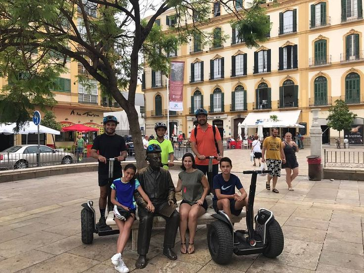 Nos ha encantado la foto!!? Muchas gracias por acordaos de nosotros. Genial el tour organizado por Segway Málaga Experience para este maravilloso grupito llegado desde México. #tour #travel #trip #love #summer #music #concert #photography #tourism #photooftheday #holiday #instagood #tourist #live #vacation #picoftheday #adventure #europe #life #segwaytour