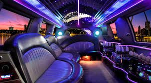 Limo service in Great Neck: Roslyn Limo is the best Limo service in Great Neck. We have Experienced & Professional Drivers. We are here to provide you the best Limo service in Great Neck. We provide services for Wedding Party, Birthday Party, Concerts. Hire us for Luxury style ride. Call us at 516.484.3200