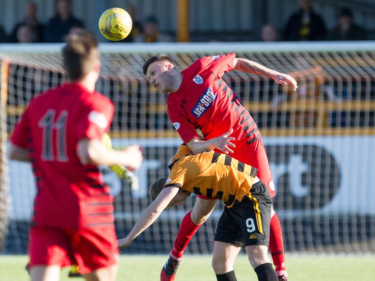 Queen's Park's Adam Cummins in action during the Ladbrokes League One game between Alloa Athletic and Queen's Park.