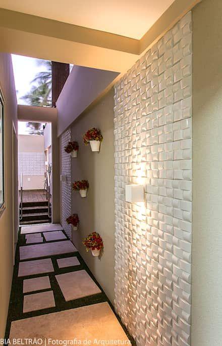 Apartamento no cond Barra Bali,  Barra de São Miguel Al: Jardins clássicos por Cris Nunes Arquiteta