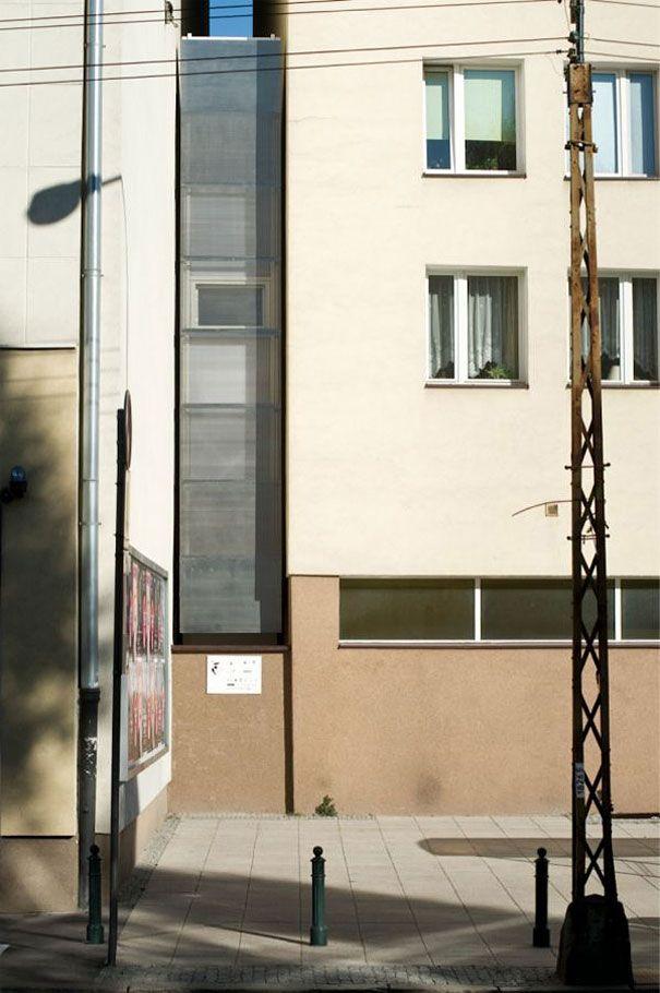 3-AD-World's Slimmest House, Poland-02