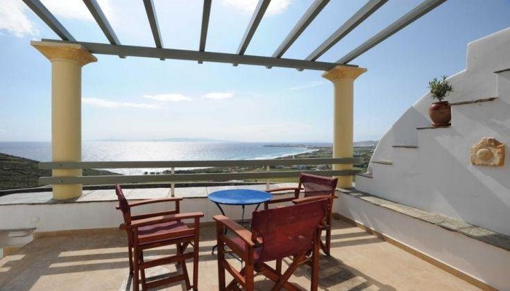 Πάσχα, Τριήμερο Πρωτομαγιάς και Αγίου Πνεύματος, στο Τinos View Luxury Apartments στην Τήνο μόνο με 199€!