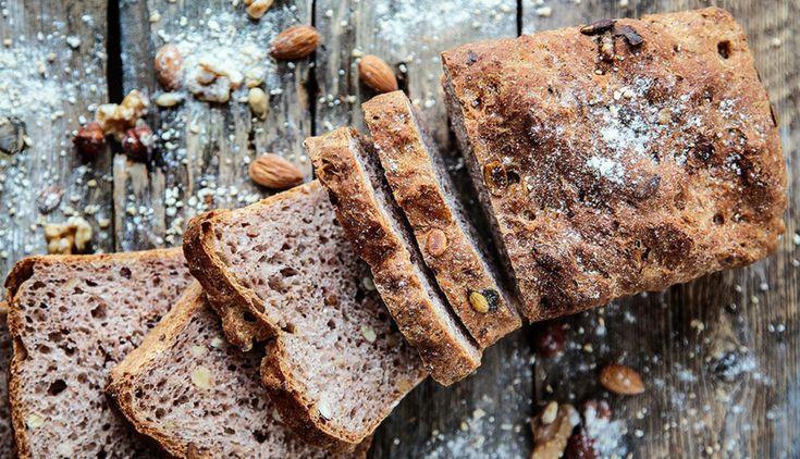 Grovt brød med nøtter