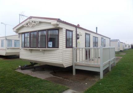 6 Berth - 2 Bedroom Willerby Granada caravan to rent on WhiteHouse Leisure Park, North Wales - Pet Friendly