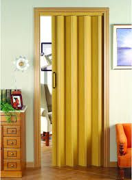 Puertas plegables pequeñas #puertasplegables #puertas #hogar #tips #decoracion #consejos #ahorrarespacio #plegables