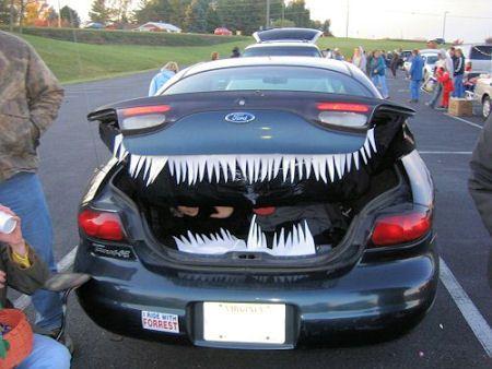 109 best Halloween images on Pinterest Holidays halloween - halloween decorated cars