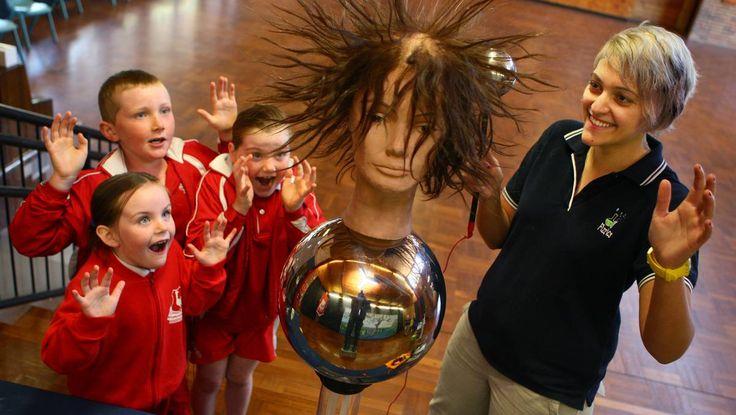 Pupils discover 'magic' of science with Fizzics Education. Penrith City Gazette.  By Roderick Shaw Aug. 21, 2013, 12:18 p.m.  #fizzics #scicomm #scied www.fizzicseducation.com.au