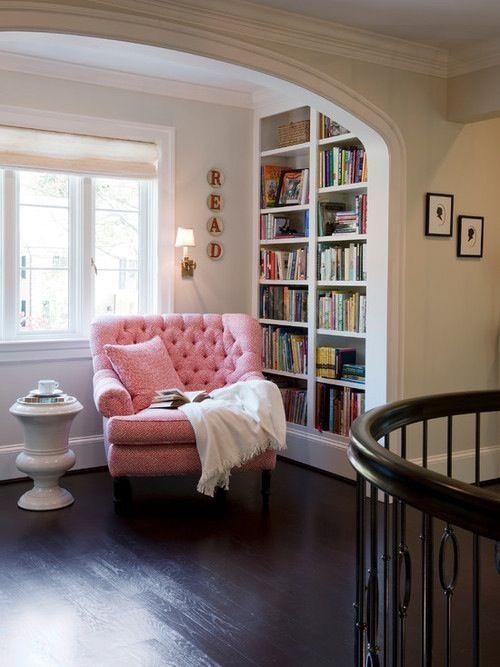 reading nook w/built in shelves