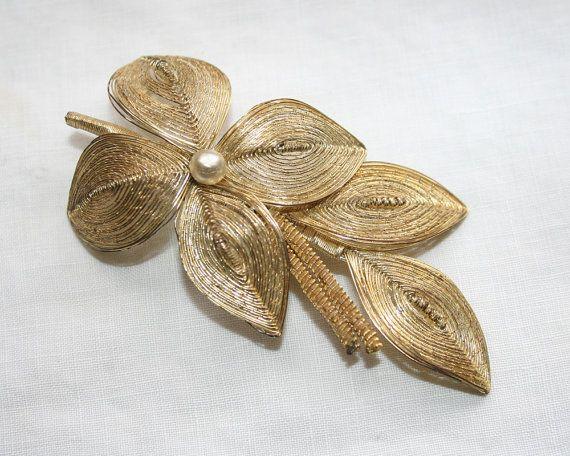 Vintage Gold Wire Brooch Pearl Floral Leaves by BeeLovedVintage