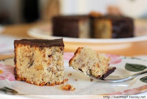 Walnuss-Mandel-Amaretto-Kuchen