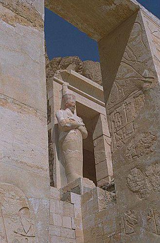 Temple funerari de la reina Hatshepsut i Deir el-Bahari.   Flickr