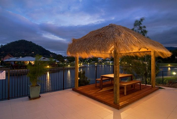 Imagine Yourself Here.. 8| 🌴🌴🌴 See how FNQ Apartments offers the best of Trinity Beach Holiday living.  #trinitybeach #HolidayApartment
