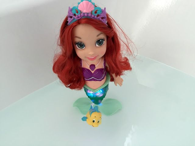 Newcastle Family Life: Ariel Colours Of The Sea Bath Doll  Review. Disney Little Mermaid bath toy