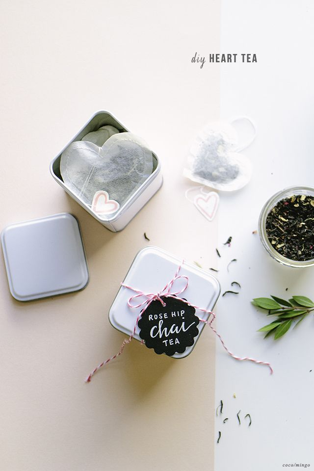Valentine's DIY  heart-shaped tea blends