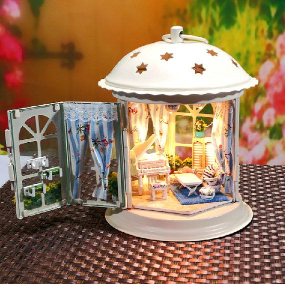 DIY Lantern Dollhouse Miniature Handcraft Kit Gifts Miniature craft Kits Kids Women Men Toy Assembly Dollhouse kits Model Kit DIY Kits