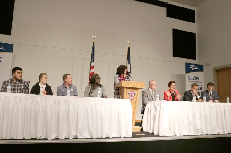 Gov. Kim Reynolds sat down with a panel of Marshalltown students and business leaders to discuss the Future Ready Iowa initiative. From left: Marshalltown High School senior Brandon Avalos, MHS senior Sarah Jacobs, Marshalltown Community College non-traditional student Sam Campbell, MCC Student Body President Adiu Arou, moderator and Iowa Workforce Development Director Beth Townsend, Fisher Controls VP of Engineered Products Ross Harris, Reynolds, Principal Financial Group President and CEO…