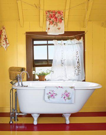 Yellow Nantucket bathroom.