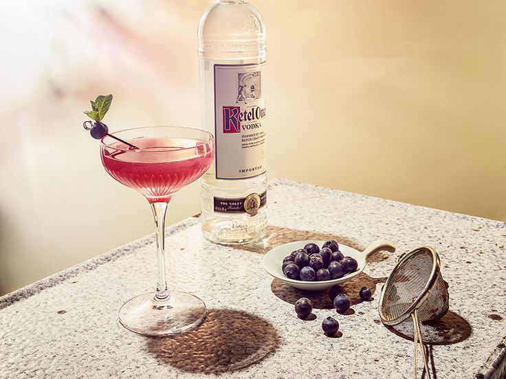 The Cosmo Blue | Ketel One Vodka