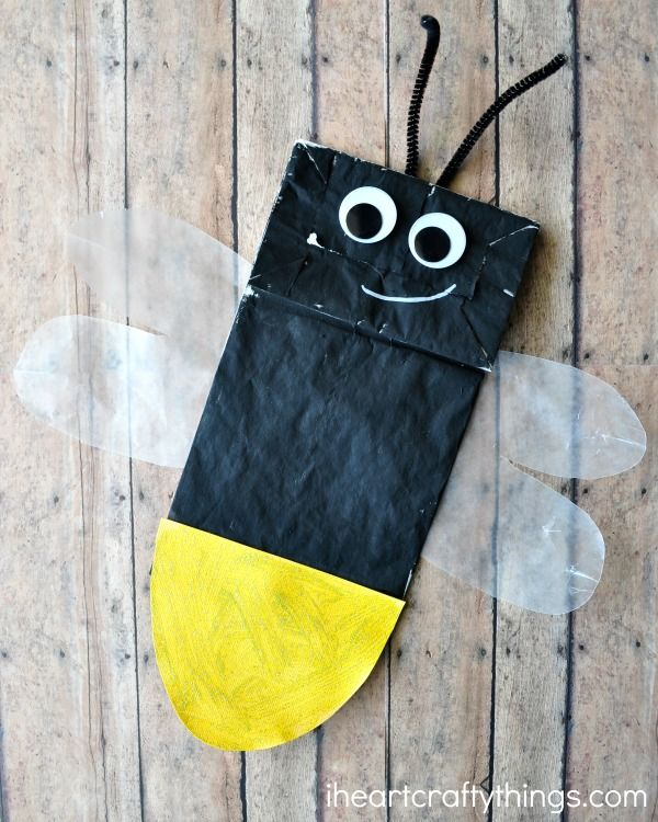 Although I've never actually seen a lightning bug in real life, I love making lightning bug crafts! Pretty funny huh? Seeing a lightning bug is definitely on my bucket list though so in the mean time, I'm going to keep on crafting them in anticipation for seeing the real thing. Ha! Our latest is this …
