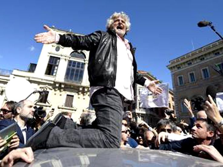 [en] Rome demonstration against Napolitano's re-election. M5S fails first street test | Struggles in Italy