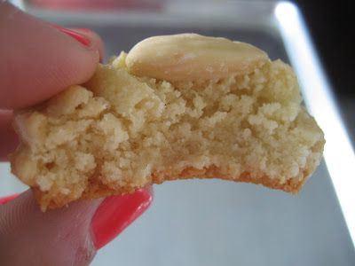 Greek recipe that fits my recollection of 'italian' biscuits I love