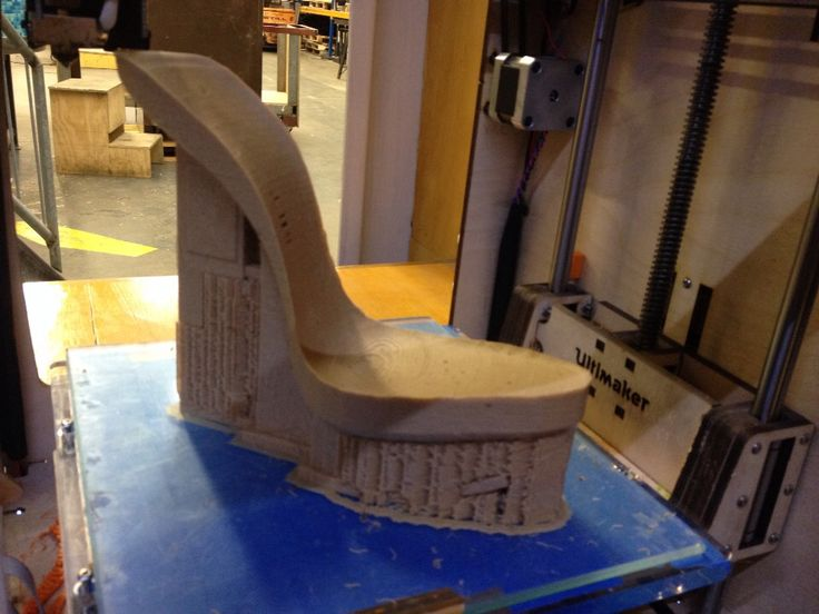 posted by Bizarros- printing the platforms for the EXCIDIUM Shoes by Chris van den Elzen