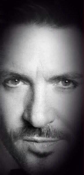 Simon Le Bon, b&w closeup
