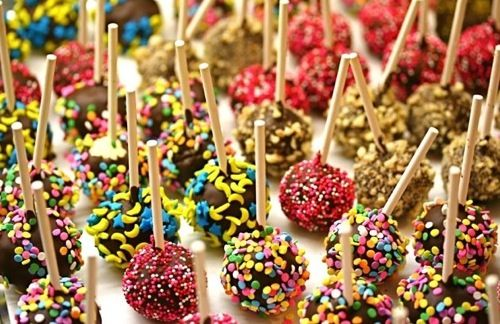 cheesecake balls. I would definitely eat that whole tray- it wouldn't even be a challenge.