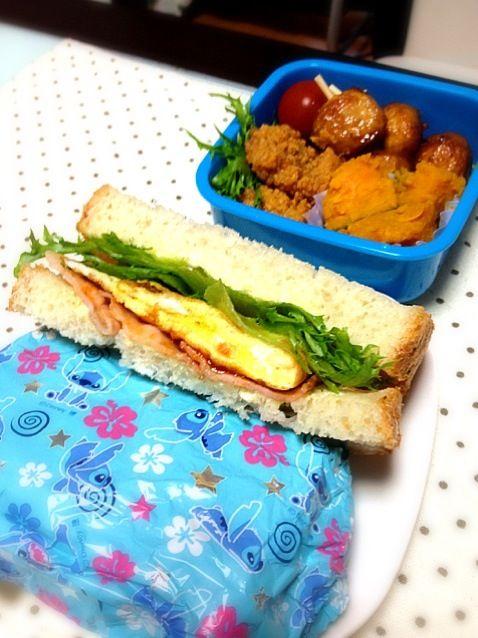 昨日のパンでサンドイッチ弁当ー(*^^*) - 31件のもぐもぐ - ベーコン、レタス、玉子のサンドイッチ by yuuki518