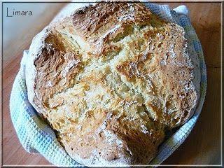 Szódabikarbónás kenyér íróval