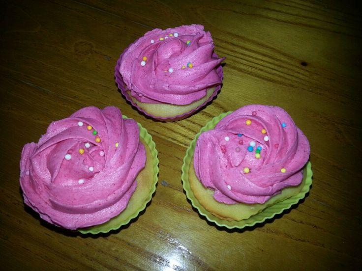 tre Cup cake