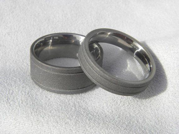 Anillo conjunto vendas de boda de titanio anillos con chorro