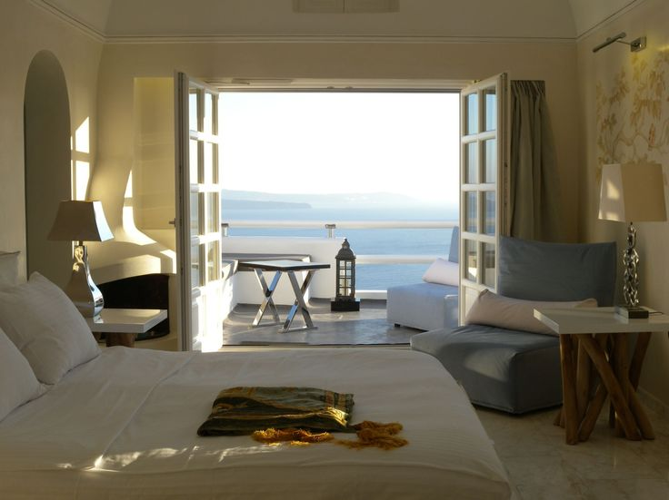 #AspakiSuites #Luxury #Accommodation #Santorini #ArtMaisons