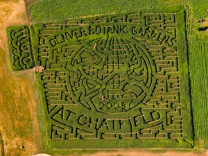 42 Best Awesome Garden Mazes Images On Pinterest Beautiful Gardens Formal Gardens And