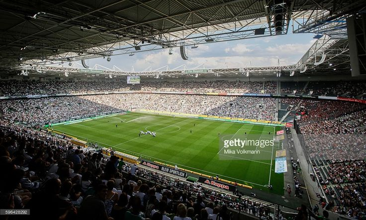 Overview about the stadium Boussia-Park during the Bundesliga match between Borussia Moenchengladbach and Bayer 04 Leverkusen at Borussia-Park on August 27, 2016 in Moenchengladbach, Germany. (Photo by Mika Volkmann/Bongarts/Getty Images)
