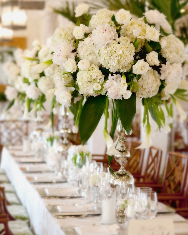 Extraordinary centerpieces make us swoon.
