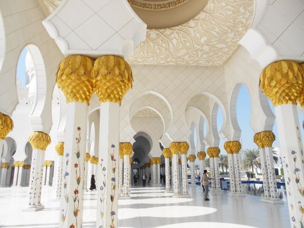 Абу-Даби,мечеть шейха Зайеда бин Султана Аль Нахайяна!