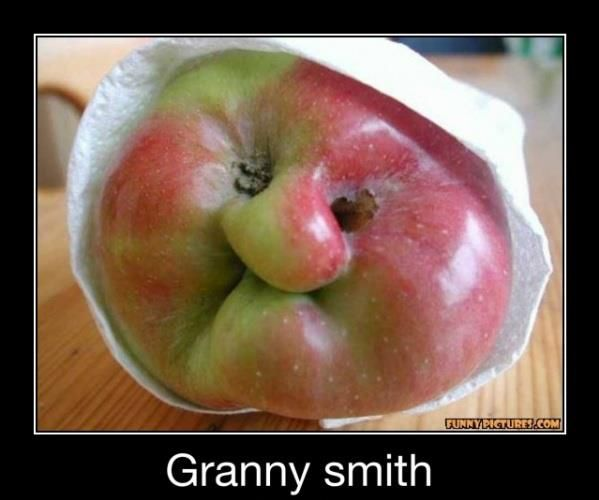 Spitting image!: Face, Granny Smith, Food, Funny Stuff, Humor, Apples, Funnies