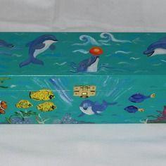 Scatola / contenitore con delfini e mare per tesori dei bambini, scatola di legno,  portagiocattoli, portagioie, unica