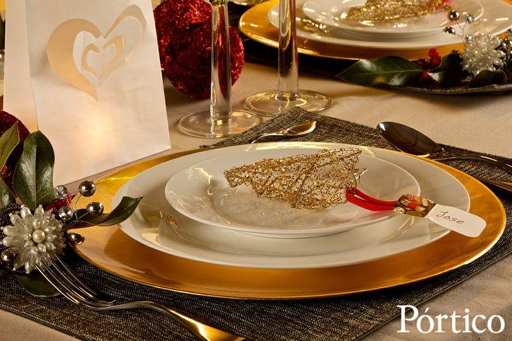 Toda la familia a la mesa, ese es el lujo. En Pórtico tenemos todos los detalles que embellecerán tus celebraciones.